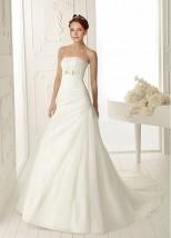 Czarująca Suknia do Ślubu z Organzy Satynowej. 0023