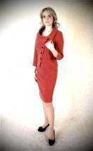 Modna wizytowa garsonka damska z czerwonej żorżety