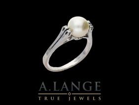 Pierścionek białe złoto pr. 585, perła i diamenty