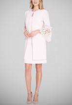 Wizytowa pudrowo-różowa garsonka wizytowa z sukienką i płaszczem - SALMA